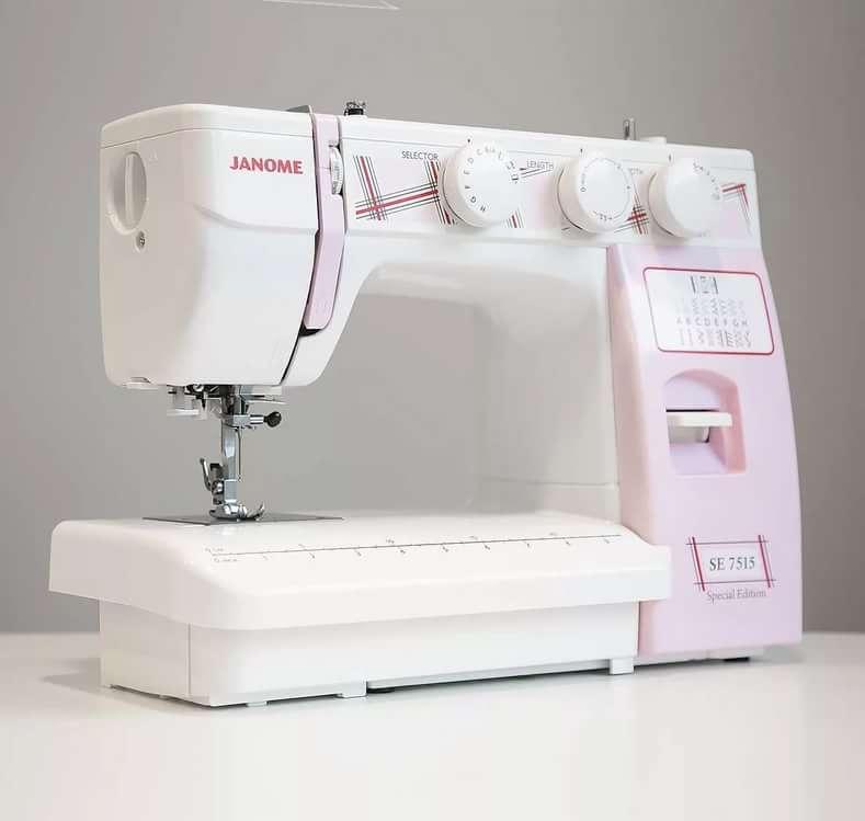 Сам себе модельер: покупаем швейную машину